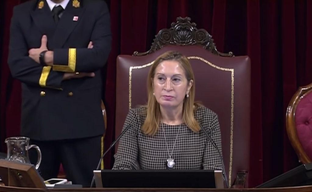 La presidenta del Congreso Ana Pastor durante la sesión del 21 de noviembre de 2018.