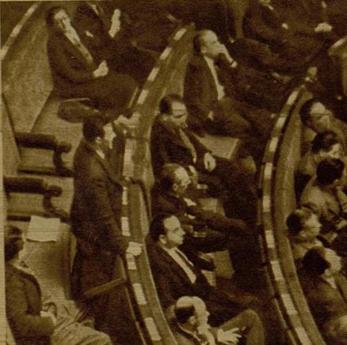 El diputado José Díaz en el uso de la palabra en el Congreso de los Diputados en 1936. Foto / Marina, Diario Ahora.